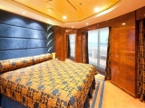 msc-splendida_royal-suite-yc_7342_18159_459-258_Image
